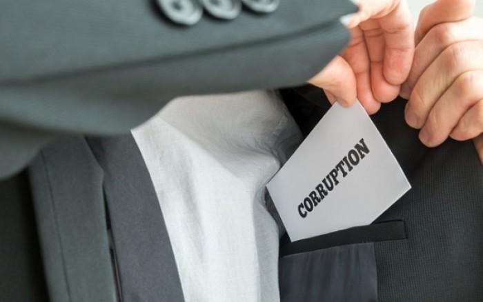 Η διαφθορά στην κοινωνία κάνει τους πολίτες ανήθικους και ανειλικρινείς