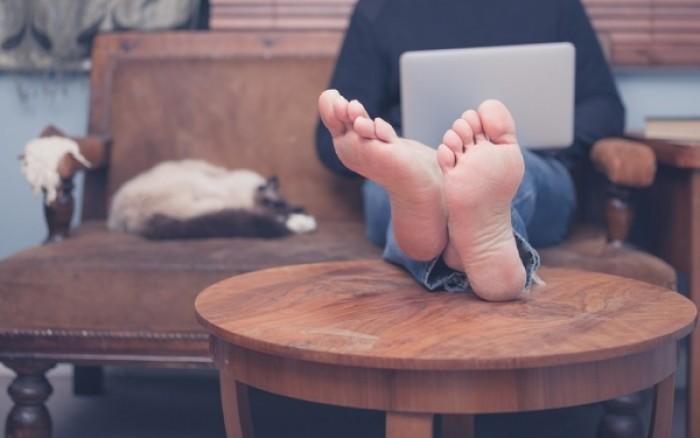 Ο κίνδυνος στυτικής λειτουργίας φαίνεται στα… πόδια