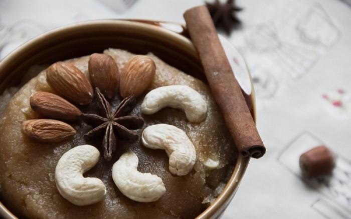 Σιμιγδαλένιος χαλβάς: Τα υπέρ και τα κατά του πιο επίκαιρου γλυκού