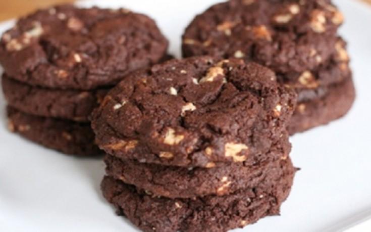 Μπισκότα με κακάο και βούτυρο