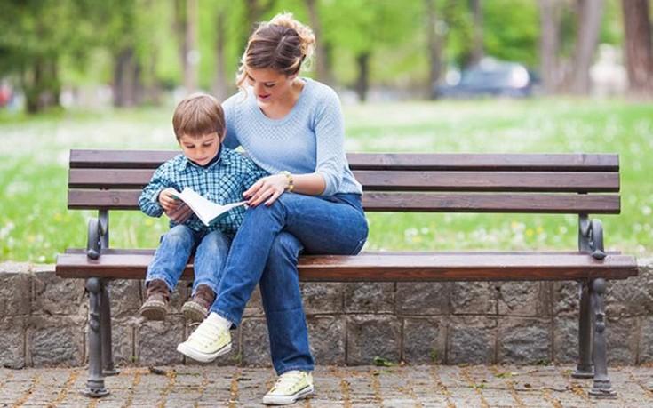Πέντε πράγματα που μαθαίνουν οι γονείς από τα παιδιά τους
