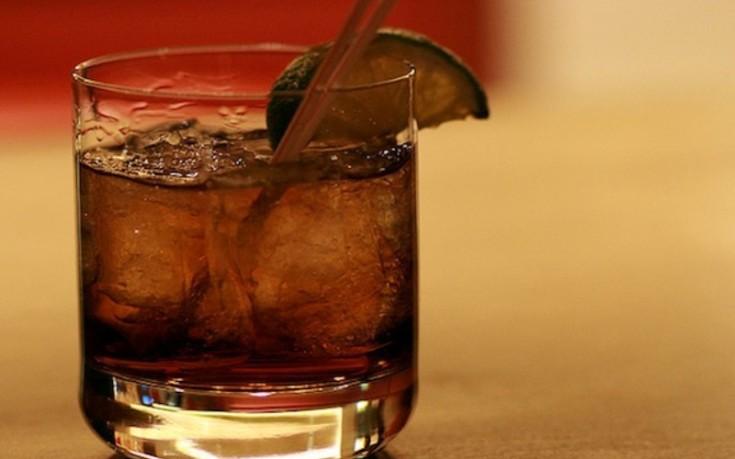 Πόσο είναι τελικά το «πολύ» αλκοόλ που δεν πρέπει να πίνουμε