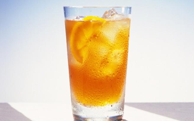 Κρύο τσάι με ροδάκινο
