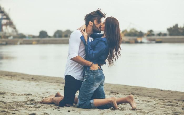 Ποιους άνδρες προτιμούν οι γυναίκες για ευκαιριακή σχέση