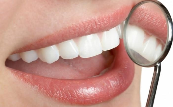 Τέσσερις ασθένειες που συνδέονται με την υγεία των δοντιών σας