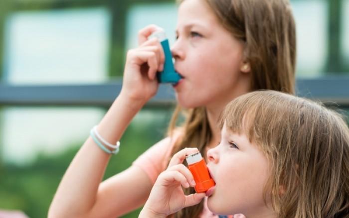 1 στα 5 παιδιά σε όλον τον κόσμο με πρόβλημα άσθματος - Τι συστήνει ο ΠΦΣ