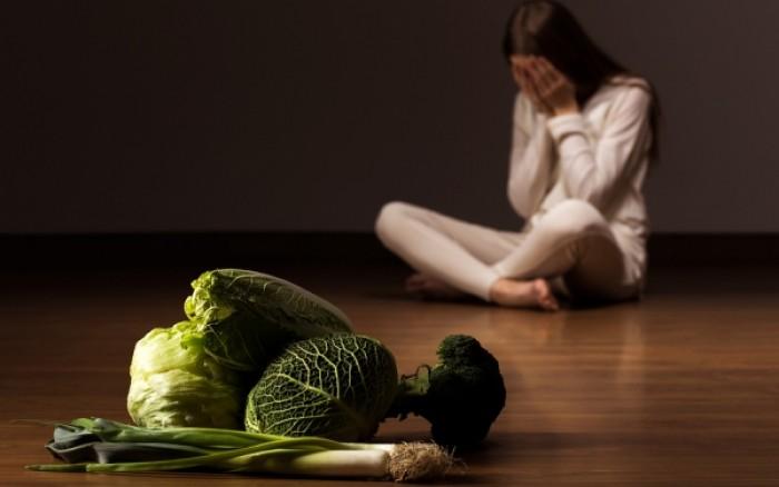 Διατροφικές διαταραχές: Τέσσερις σοβαρές επιπτώσεις στην υγεία