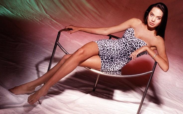 Δείτε την Angelina Jolie σε ηλικία 15 ετών