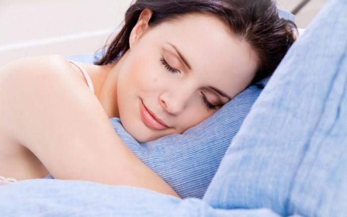 Δυσκολεύεσαι να κοιμηθείς; Οι πέντε τροφές που σίγουρα θα σε βοηθήσουν