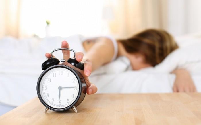 Έμφραγμα: Ποια συνήθεια στον ύπνο μειώνει τον κίνδυνο
