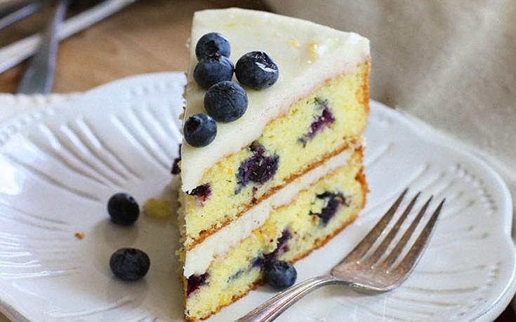 Κέικ λεμόνι με μύρτιλα