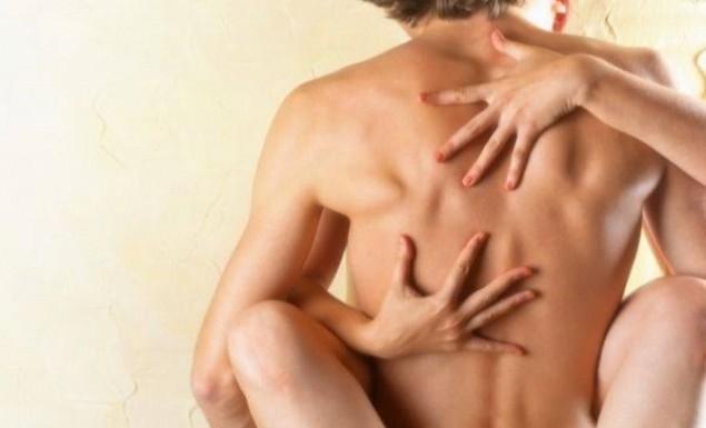Tι κάνει ο άνδρας στο σεξ ανάλογα με την ηλικία (pics)