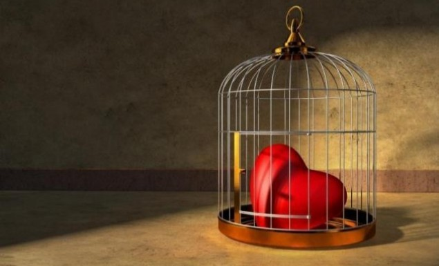 Ποια ζώδια την ακολουθούν την φωνή της καρδιάς τους;
