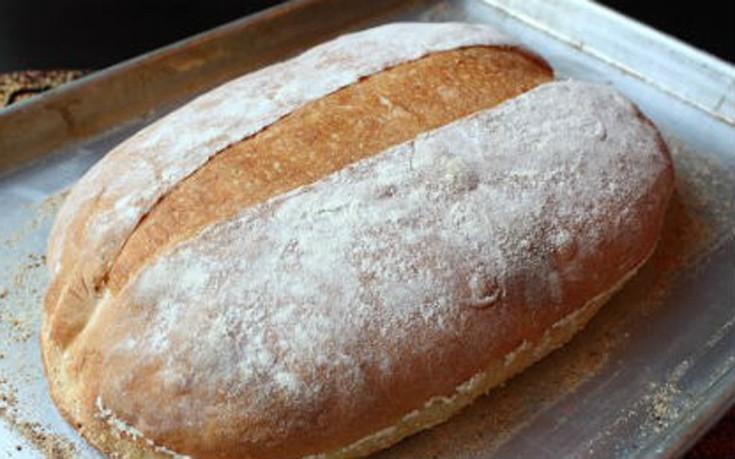 Σπιτικό αφράτο ψωμί