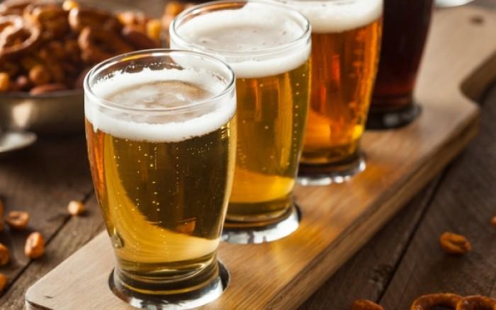 Αλκοόλ: Πόσο αυξάνει τον κίνδυνο ουρικής αρθρίτιδας