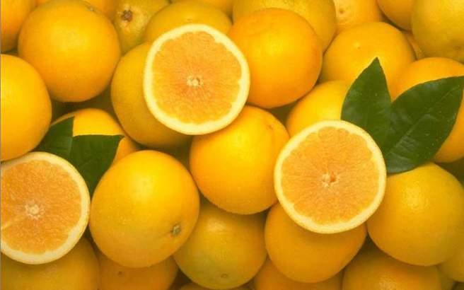 Η εναλλακτική χρήση του πορτοκαλιού που σας κάνει πιο… όμορφες