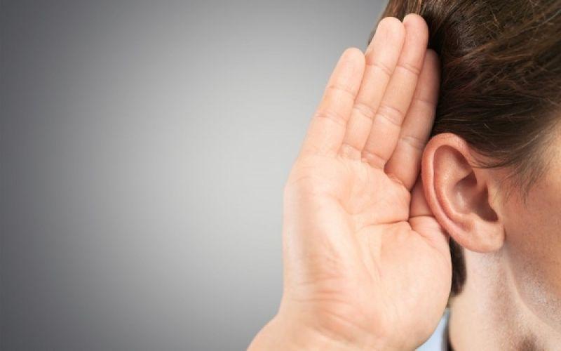 Καφεΐνη: Σε ποιες περιπτώσεις αποδεικνύεται επικίνδυνη για την ακοή