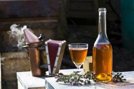 Κρασί και μέλι για βαθύ καθαρισμό προσώπου