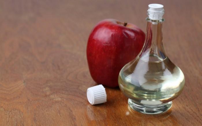 Λαμπερό δέρμα με μηλόξυδο και ασπιρίνη