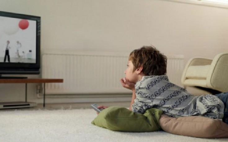 Πώς να κάνετε το παιδί σας να «ξεκολλήσει» από την οθόνη