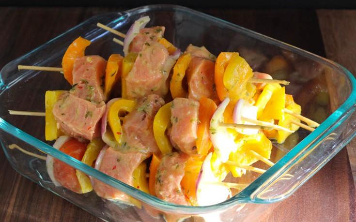 Σουβλάκια σολομού με πορτοκάλι