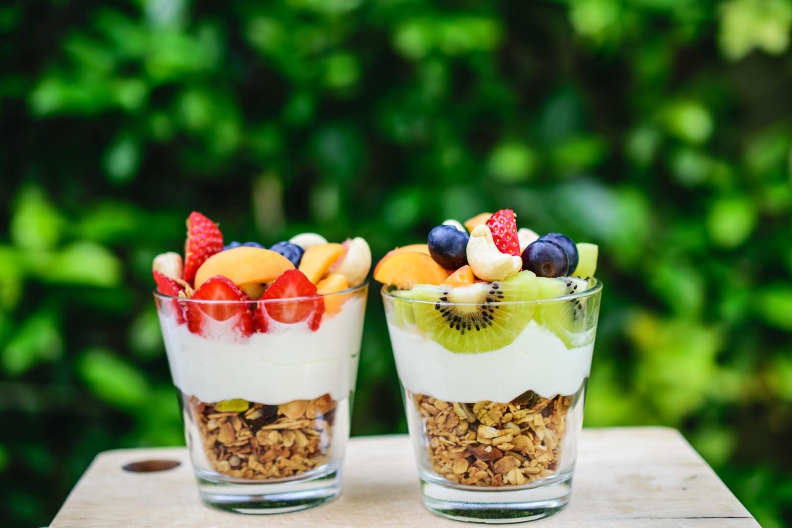 Σπιτικά δημητριακά με φρούτα και ξηρούς καρπούς