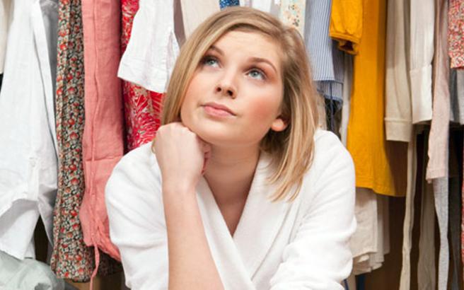 Τι να κάνετε για να μην μυρίζουν κλεισούρα τα ντουλάπια σας