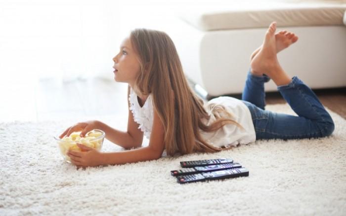 Τηλεόραση & σκελετική υγεία: Ποιο το επιτρεπόμενο όριο για τα παιδιά
