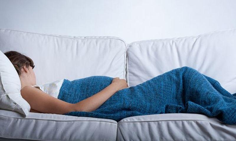 Προβλήματα ύπνου στην εγκυμοσύνη και πώς θα τα λύσετε (βίντεο)