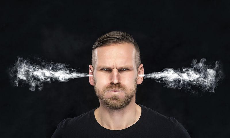 Θυμός: Οι επιπτώσεις του στον εγκέφαλο και την καρδιά