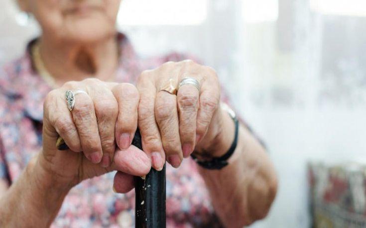 Βραχνάς οι πτώσεις για τους ηλικιωμένους