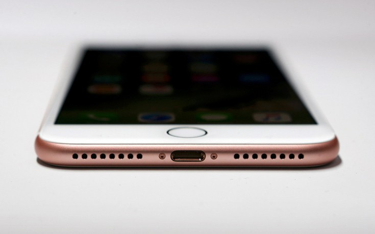 Αυτός είναι ο λόγος που η Apple αφαίρεσε την υποδοχή ακουστικών στο iPhone 7