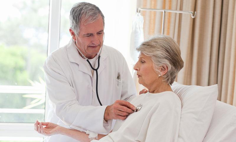 Καρκίνος πνεύμονα Μεγαλύτερη επιβίωση για τους χειρουργημένους ηλικιωμένους ασθενείς