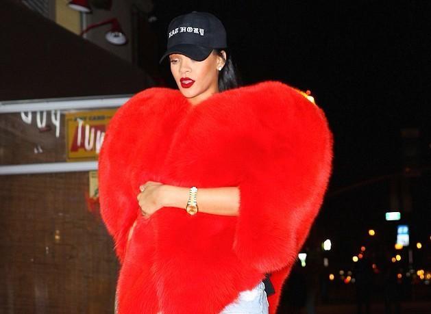 Μεγάλη… καρδιά η Rihanna