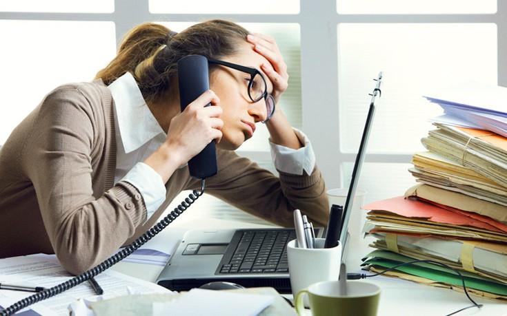 Πώς να αντιμετωπίστε τον πονοκέφαλο όταν εργάζεστε