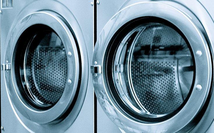 Πώς να απολυμάνετε γρήγορα το πλυντήριο ρούχων σας