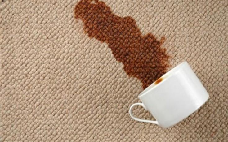 Σπιτικό καθαριστικό δίνει λύση στους περισσότερους λεκέδες