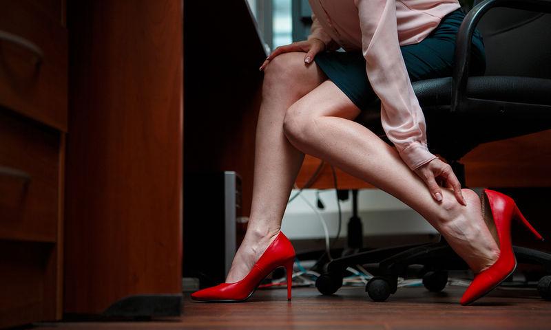 Αρθρίτιδα στα πόδια Μήπως φταίνε τα τακούνια σας;