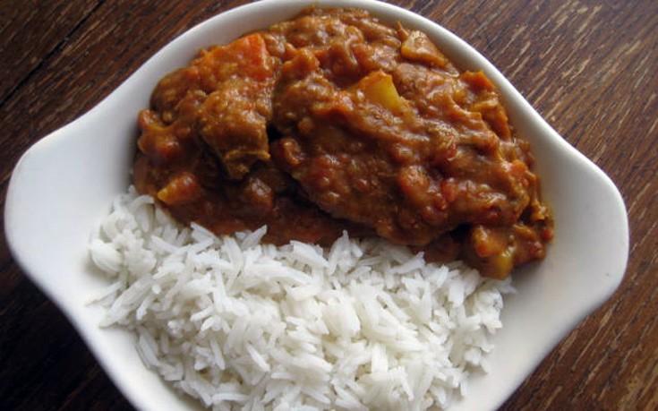 Πικάντικο μοσχαράκι με ρύζι