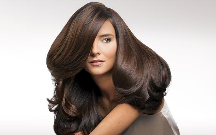 Πλούσια μαλλιά με δέκα απλούς τρόπους