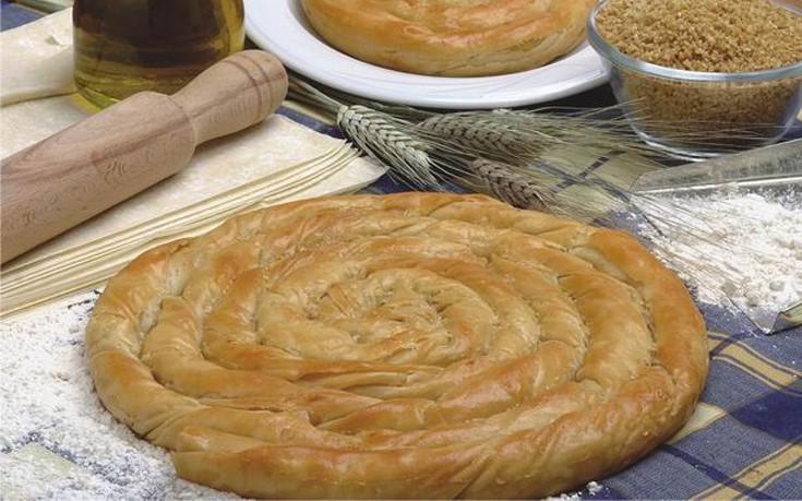 Στριφτή πίτα με ταχίνι