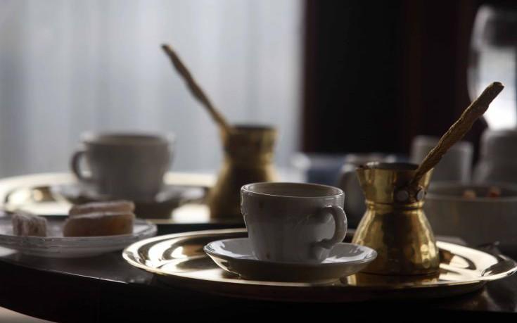 Τέσσερις εναλλακτικές χρήσεις του ελληνικού καφέ