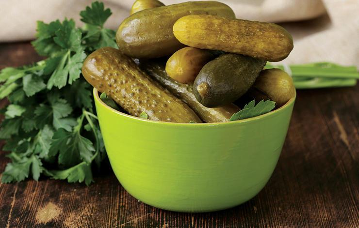 6 foods make you hungrier pickles 1
