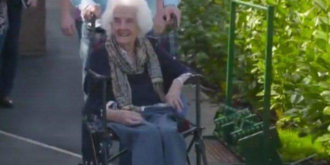 «Έσβησε» η γηραιότερη κάτοχος διαρκείας της Γουέστ Χαμ