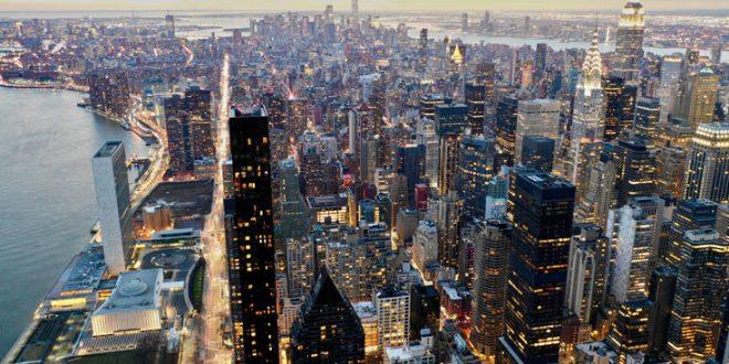 «Όταν πηγαίνω στη Νέα Υόρκη μάς περνούν για ζευγάρι με το γιο μου»