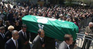 Πλήθος κόσμου αποχαιρετά τον Θανάση Γιαννακόπουλο