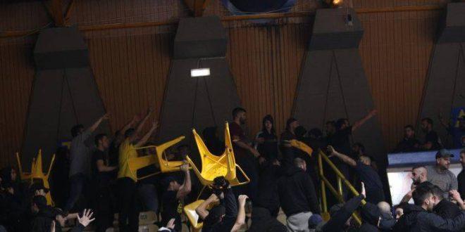 Ξύλο και στο Περιστέρι, εκκενώνεται το γήπεδο