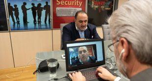 Στα «ψηφιακά θρανία» οι γονείς για την προστασία των παιδιών τους