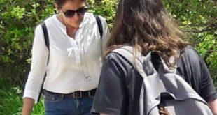 Στην Κνωσσό μαζί με τα παιδιά της η Μπέτυ Μπαζιάνα