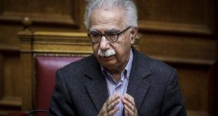 Ένταση στη Βουλή για νομοσχέδιο του υπουργείου Παιδείας